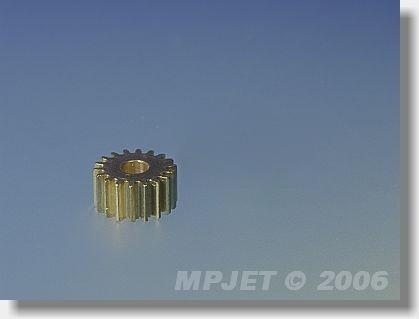 Pinion wheel 24 teeth, 3,2 mm dia, for 1,75:1, module 0,5