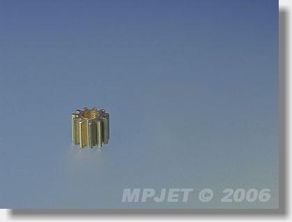Pinion wheel 9 teeth, 2 mm dia, module 0,5, for MPJ 8202